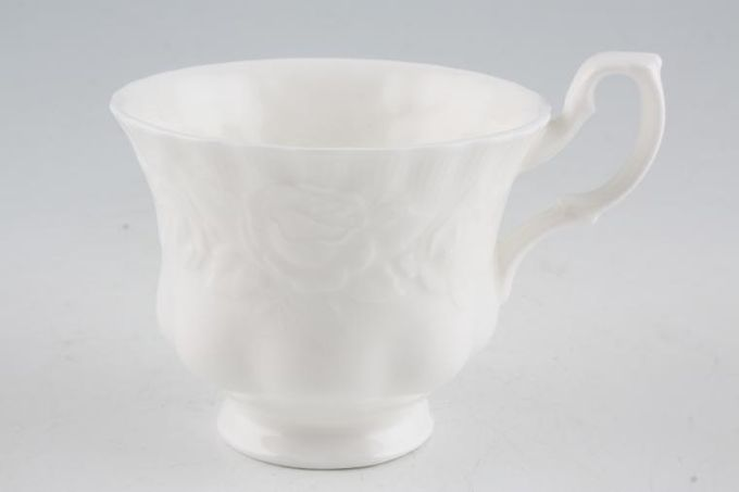 "Royal Albert Old English Garden Teacup 3 1/2 x 2 7/8"""
