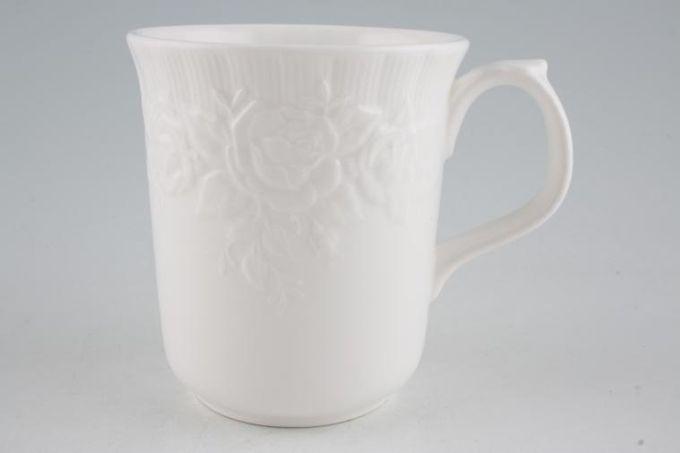 "Royal Albert Old English Garden Mug 3 1/2 x 4"""
