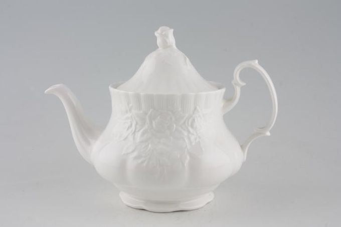 Royal Albert Old English Garden Teapot 1 1/2pt
