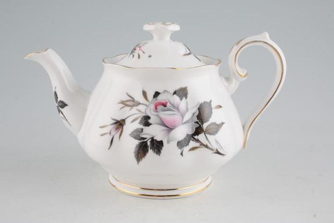 Royal Albert Queens Messenger Teapot 3/4pt