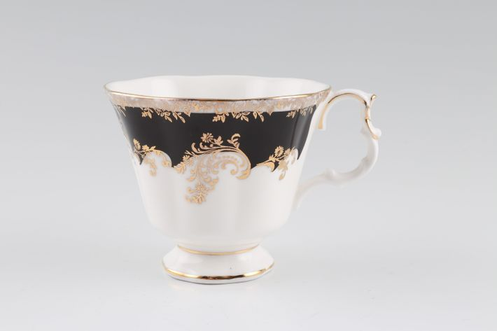 Royal Albert Regina Series