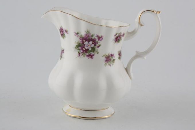 Royal Albert Sweet Violets Milk Jug 1/2pt