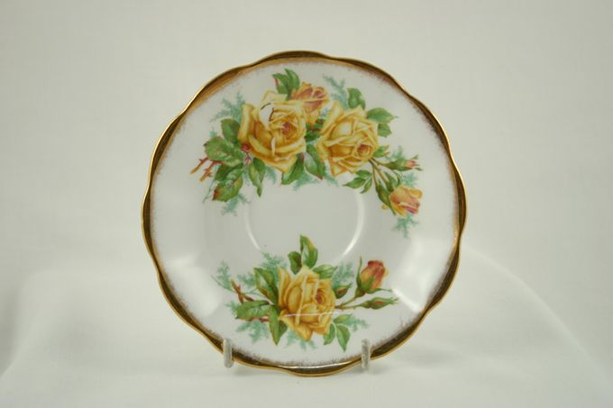 Royal Albert Tea Rose Tea Saucer 5 1/2""