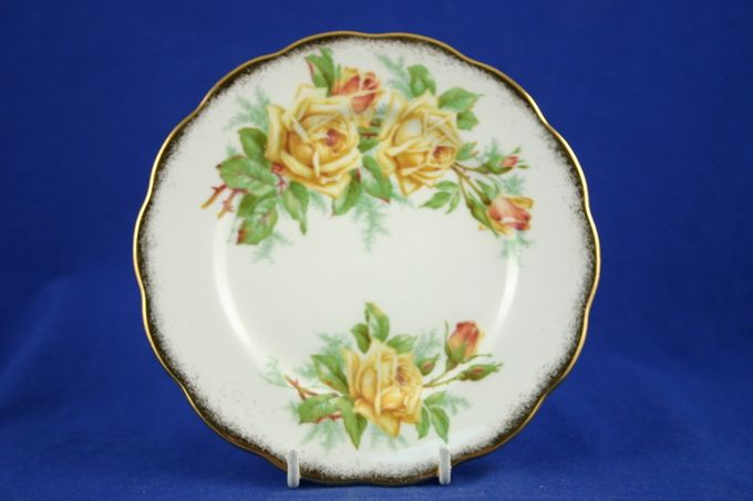 Royal Albert Tea Rose Tea / Side / Bread & Butter Plate 6 3/8""