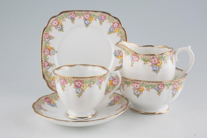 Royal Albert Trellis - Blue and Pink Flowers