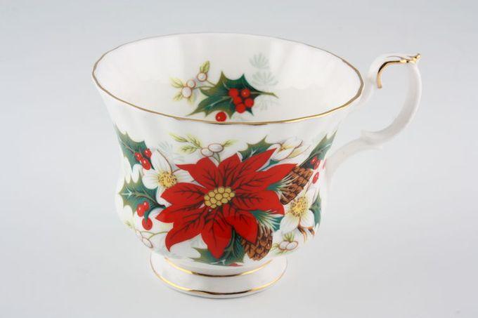 "Royal Albert Yuletide Teacup 3 1/2 x 2 3/4"""