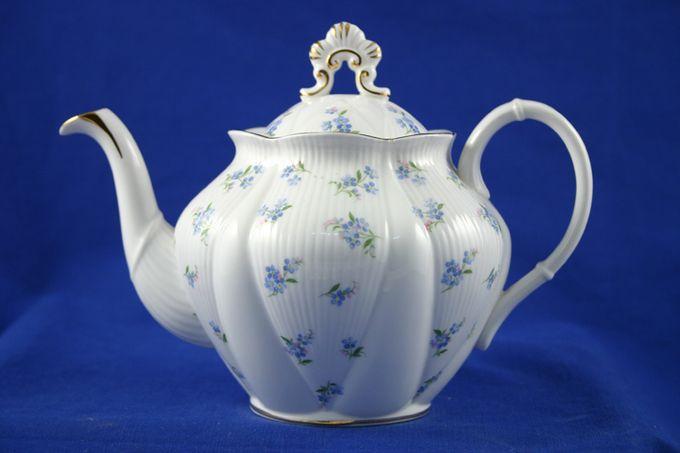 Royal Albert Blue Heaven Teapot 3/4pt