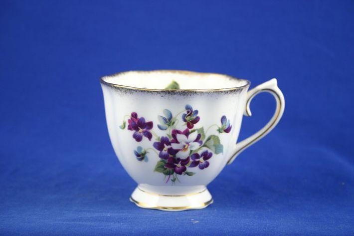Royal Albert Violets For Love