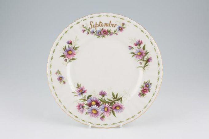 "Royal Albert Flower of the Month Series - Montrose - September - Michaelmas D Starter / Salad / Dessert Plate 8"""