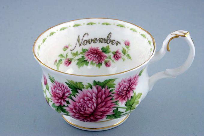 "Royal Albert Flower of the Month Series - Montrose - November - Chrysanthemum Breakfast Cup Montrose shape - light fluting 4 1/4 x 2 3/4"""
