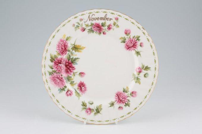 "Royal Albert Flower of the Month Series - Montrose - November - Chrysanthemum Starter / Salad / Dessert Plate 8"""
