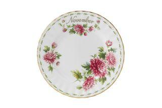 Royal Albert Flower of the Month Series - Montrose - November - Chrysanthemum Dinner Plate