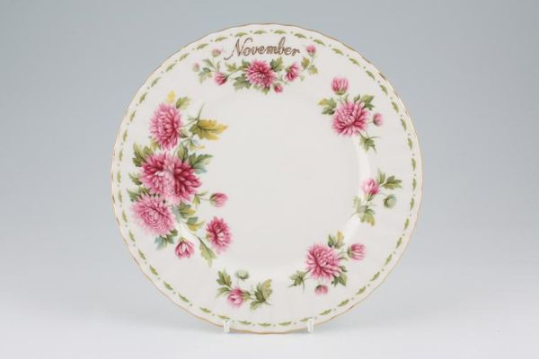 Royal Albert Flower of the Month Series - Montrose - November - Chrysanthemum