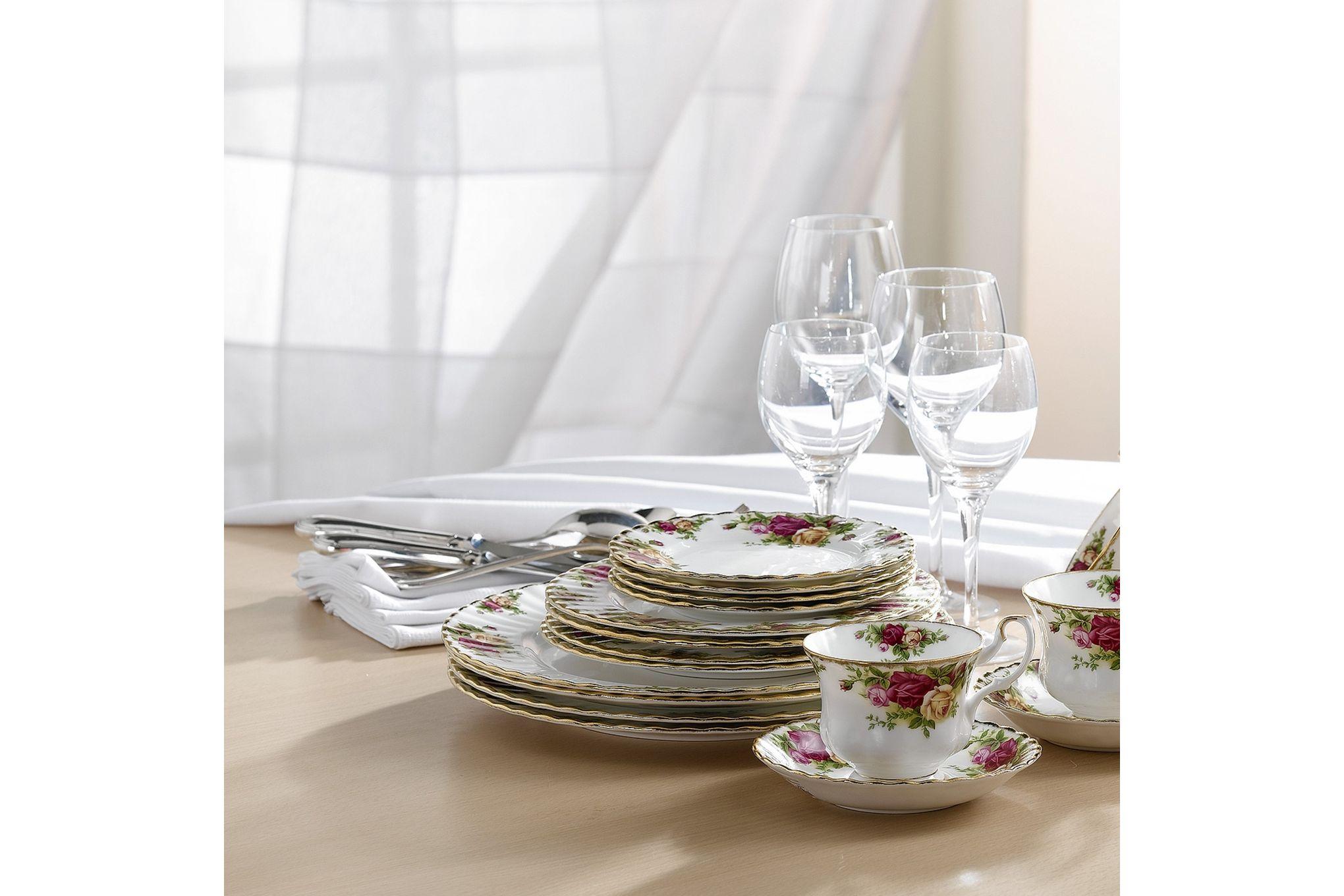 Royal Albert Old Country Roses - Made Abroad 20 Piece Set 4x Plate 27cm, 4x Plate 20cm, 4x Plate 16cm & 4x Teacup and Saucer thumb 2