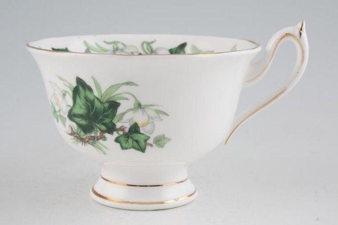 "Royal Albert Ivy Lea Teacup 3 7/8 x 2 5/8"""