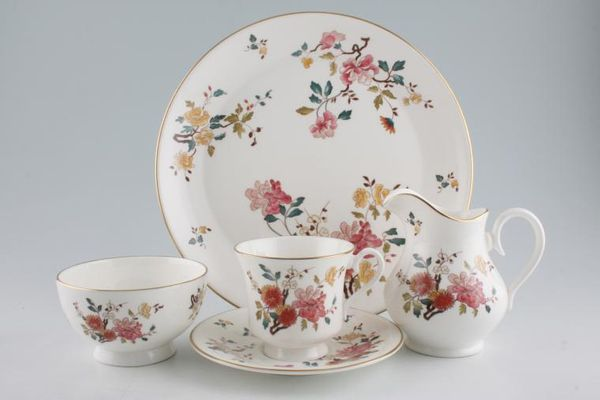 Royal Albert China Garden - New Romance