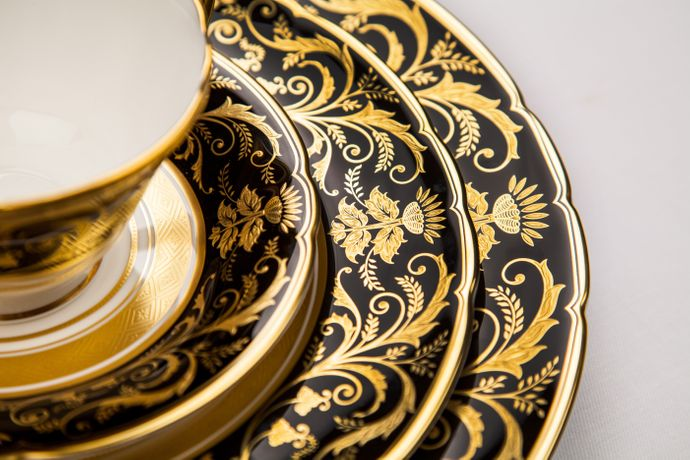 Royal Crown Derby Regency - Black