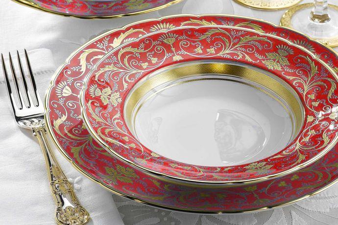 Royal Crown Derby Regency - Red