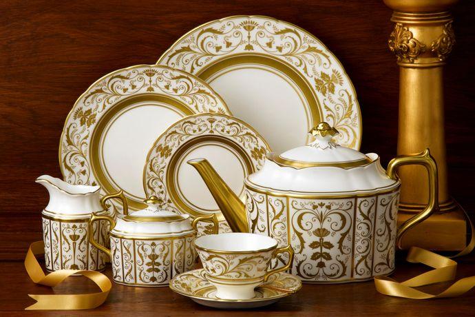Royal Crown Derby Regency - White