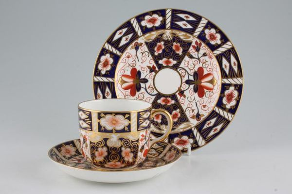 Royal Crown Derby Imari - Traditional - 2451
