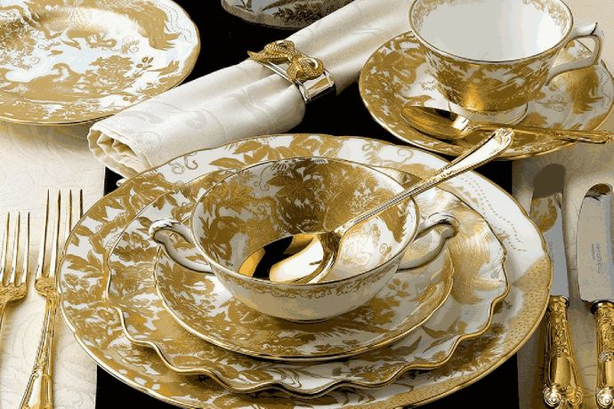 Royal Crown Derby Aves - Gold