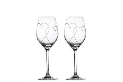 Royal Doulton Promises Pair of Wine Glasses Two Hearts Entwined