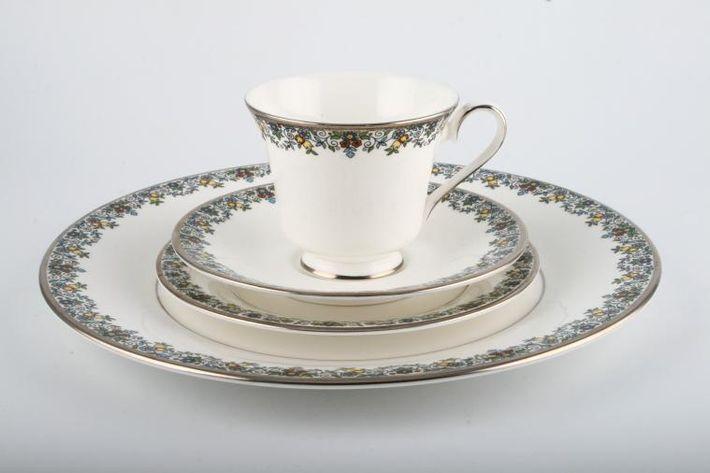 Royal Doulton Flowerlace - H5013