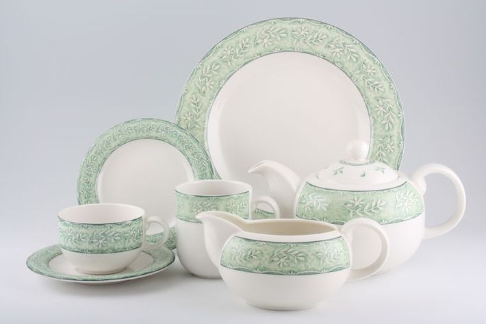 Royal Doulton Linen Leaf