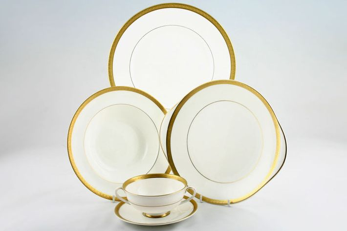 Royal Doulton Royal Gold - H4980