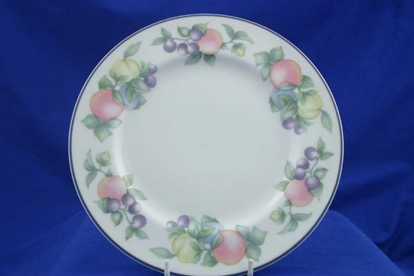 "Royal Doulton Sevilla Breakfast / Salad / Luncheon Plate 9 1/4"""