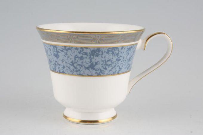 """Royal Doulton St. Pauls - H5062 Teacup 3 5/8 x 3 1/8"""""""