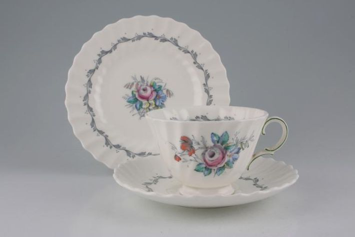Royal Doulton Chelsea Rose - The - H4801