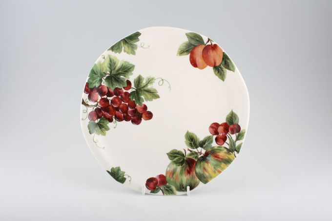 Royal Doulton Vintage Grape - T.C.1193 Starter / Salad / Dessert Plate 8 3/8""