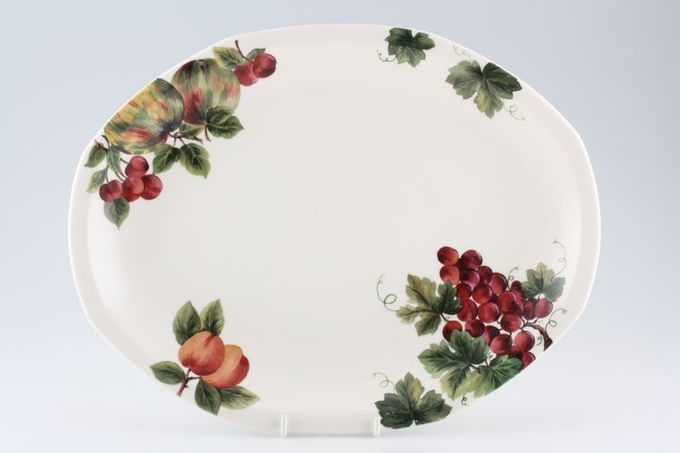 "Royal Doulton Vintage Grape - T.C.1193 Oval Plate / Platter 13 5/8"""