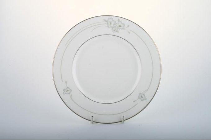 """Royal Doulton Mystique - H5093 Starter / Salad / Dessert Plate 8"""""""