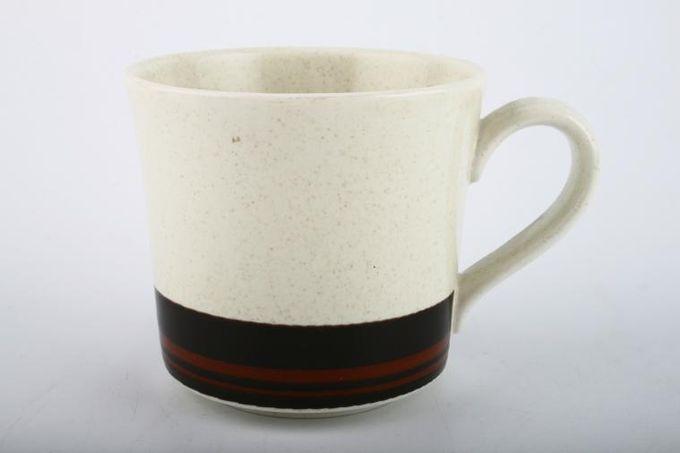 """Royal Doulton Bistro - L.S.1035 Teacup 3 1/4 x 3"""""""