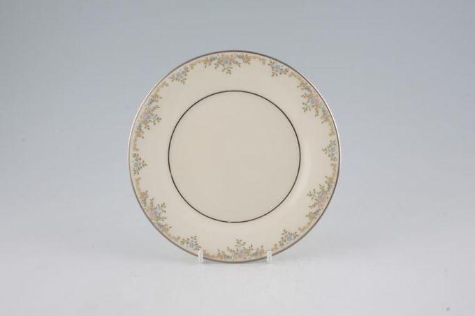 "Royal Doulton Giselle - H5086 Tea / Side / Bread & Butter Plate 6 5/8"""