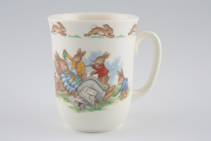 Royal Doulton Bunnykins - 'Regd. Trade Mark' Mug Deckchair 3 x 3 5/8""