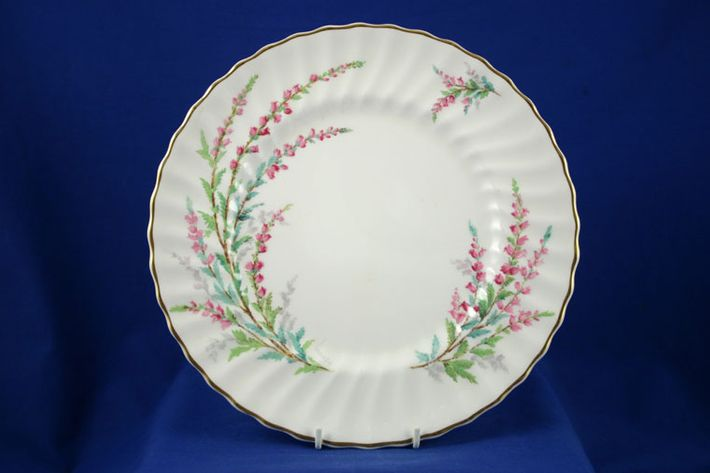 Royal Doulton Bell Heather - Fluted - H4827