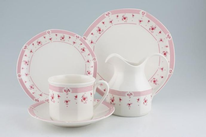 Royal Doulton Calico Red