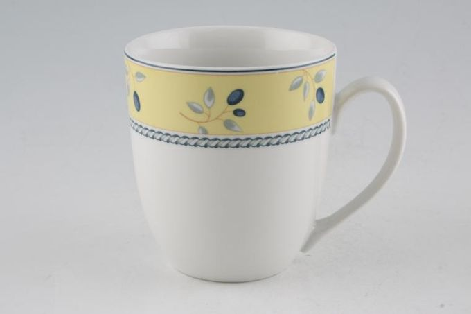 "Royal Doulton Blueberry Mug 3 1/2 x 4"""