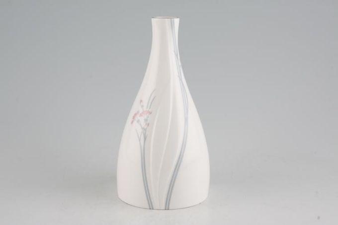 "Royal Doulton Carnation Bud Vase 6"""