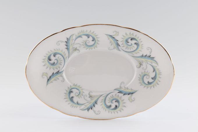 Royal Standard Garland Sauce Boat Stand Wavy 7 7/8""