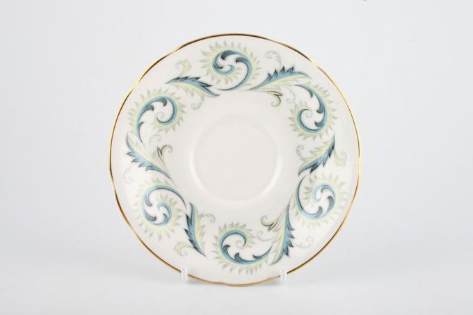 Royal Standard Garland Tea Saucer Wavy Edge 5 1/2""