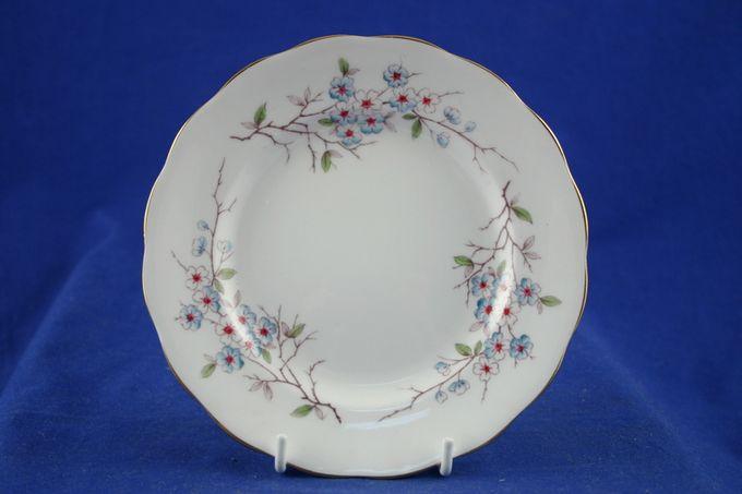 "Royal Standard Moonraker Tea / Side / Bread & Butter Plate 6 1/4"""