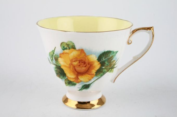 Royal Standard Harry Wheatcroft Roses - Mms Ch Sauvage Teacup 3 1/2 x 2 3/4""
