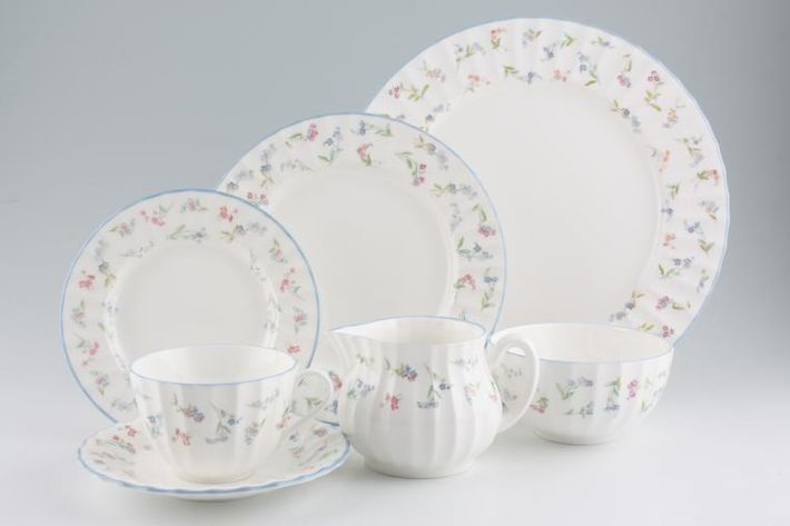 Royal Worcester Forget me not