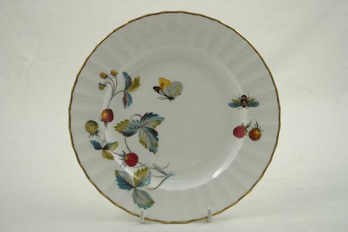 "Royal Worcester Strawberry Fair - Fluted Starter / Salad / Dessert Plate 8"""