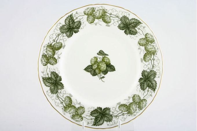 Royal Worcester Worcester Hop - The Breakfast / Salad / Luncheon Plate 9 1/4""