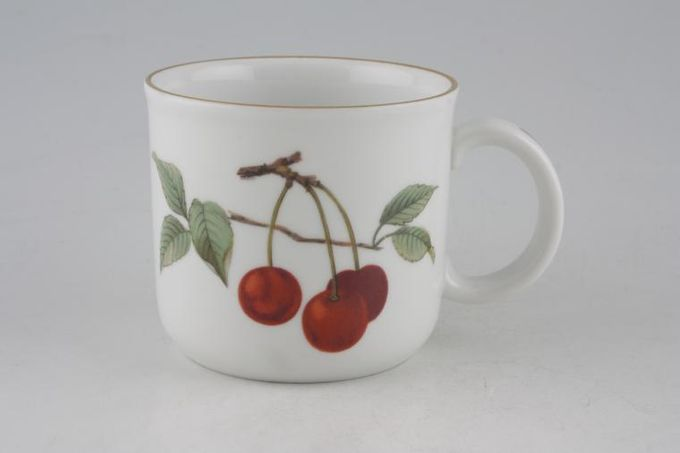 Royal Worcester Evesham - Gold Edge Mug Cherries and cut Apple 3 x 2 3/4""